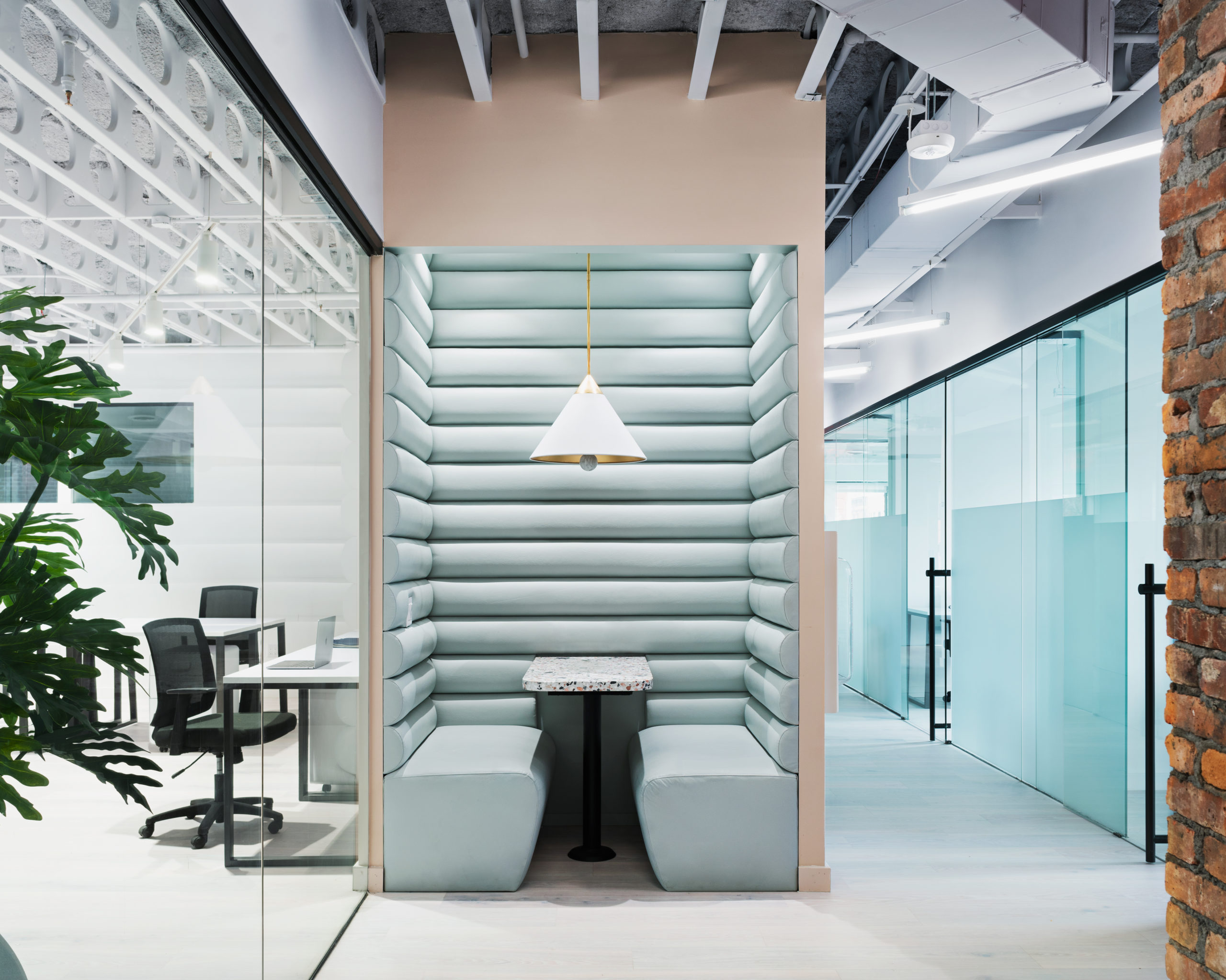breathtaking workspaces Bond Collective Bushwick by Christian Lahoude Studio and Bond Collective, Brooklyn, Kings County, NY