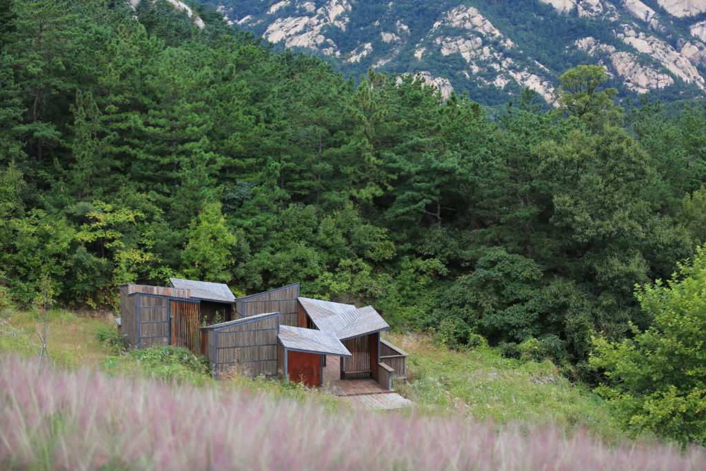 architectural material architectural material Restroom in the Mountains by Atelier Scale, Yantai, China