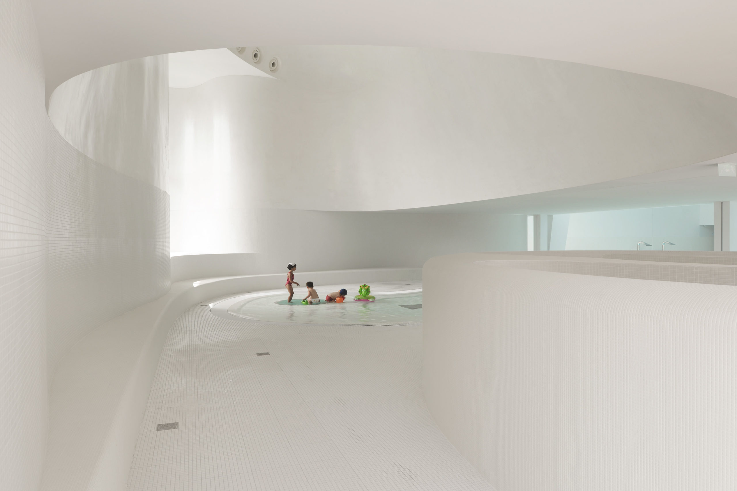 Swimming Pool design in Southern Suburb of Paris